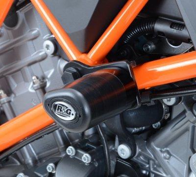 R&G Aero Style frame sliders for KTM 1290 Super Duke R 14 with extra knee room