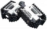 Dk-Custom-Products-Triple-Trap-Custom-Foot-Pegs-Black-amp-Silver-Harley-Motorcycle-Foot-Pegs-Dk-btt-cfp9.jpg